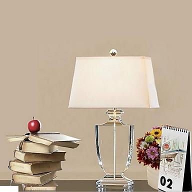 halpa Lamput ja varjostimet-Moderni nykyaikainen Koristeltu Pöytälamppu Käyttötarkoitus Makuuhuone Kristalli 220V