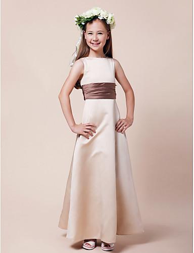 Γραμμή Α / Πριγκίπισσα Bateau Neck Μακρύ Σατέν Φόρεμα Νεαρών Παρανύμφων με Ζώνη / Κορδέλα / Πιασίματα με LAN TING BRIDE® / Άνοιξη / Καλοκαίρι / Φθινόπωρο / Χειμώνας / Μήλο