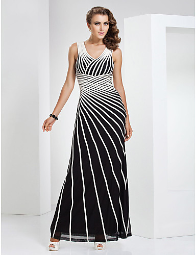 Sütun V Yaka Yere Kadar Tül Streç Saten Pileler Haç ile Resmi Akşam / Askeri Balo Elbise tarafından TS Couture®