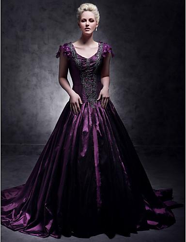 billige Quinceanera Kjoler-A-linje V-hals Hoffslep Taft Kjendisstil Formell kveld Kjole med Perlearbeid av TS Couture®