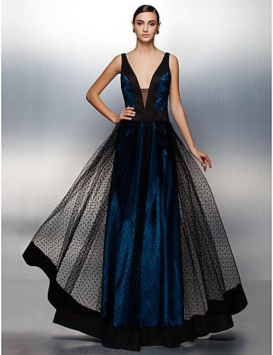 A-linje Stikkende halslinje Gulvlang Tyll Skoleball / Formell kveld Kjole med Belte / bånd av TS Couture®
