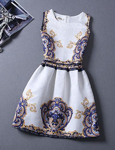 فستان نسائي عصري قطن طول الركبة ورد مناسب للعطلات / شاطئ
