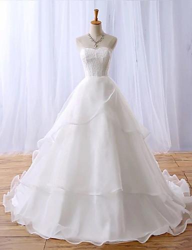 A-vonalú Menyasszonyi ruha Kápolna uszály Szív alakú Csipke / Organza val vel Csipke