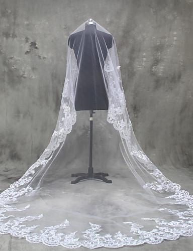 One-tier Lace Applique Edge الحجاب الزفاف Cathedral Veils مع زينة تول / Oval