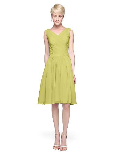 A-라인 V 넥 무릎 길이 쉬폰 신부 들러리 드레스 와 허리끈 / 리본 으로 LAN TING BRIDE®