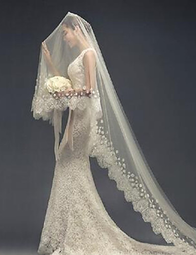 One Tier Lace Applique Edge Wedding Veil Cathedral Veils With
