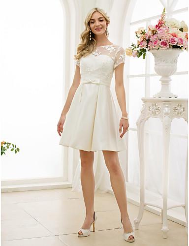 A-vonalú Bateau nyak Térdig érő Csipke szaténon Made-to-measure esküvői ruhák val vel Csokor / Selyemövek / Szalagok által LAN TING BRIDE® / Kis fehér szoknyák / Átlátszó