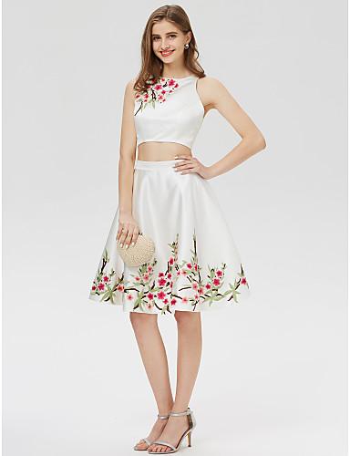 billige Todelte kjoler-A-linje Besmykket Kort / mini Sateng To deler Cocktailfest / Skoleball Kjole med Broderi / Tryk av TS Couture®