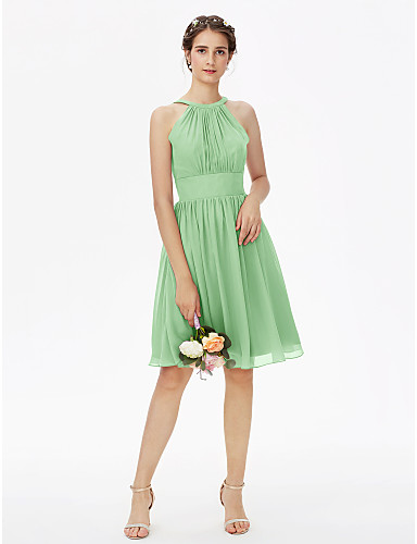 billige Korte brudepikekjoler-A-linje Besmykket Knelang Chiffon Brudepikekjole med Belte / bånd / Plissert av LAN TING BRIDE®
