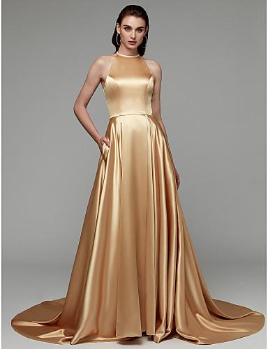 billige Feriekjoler-A-linje Grime Hoffslep Sateng Formell kveld Kjole med Delt front / Plissert av TS Couture®