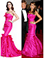 billige Aftenkjoler-Havfrue Stroppeløs Gulvlang Taft Formell kveld Kjole med Sidedrapering av TS Couture®