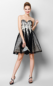 50d2ef8b369 Γραμμή Α Καρδιά Μέχρι το γόνατο Τούλι Κοκτέιλ Πάρτι / Χοροεσπερίδα Φόρεμα  με Διακοσμητικά Επιράμματα /