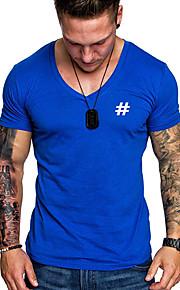 Camiseta de algodón para hombre con estampado geométrico y cuello.