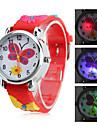 Ceas Analog Quartz De Copii Cu Design De Fluture și Lanternă LED (Roșie)