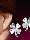 Pentru femei Zirconiu Cubic Cercei Stud - Plastic, Argintiu Floare stil minimalist, Modă Argintiu Pentru Nuntă / Petrecere / Zilnic