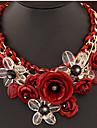 Pentru femei Bijuterii Floare Formă Lux plaited Festival/Sărbătoare Coliere cu Pandativ Coliere Pietre sintetice Aliaj Coliere cu
