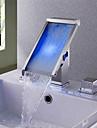 Badrum Tvättställ Kran - Vattenfall RGB Färgskiftande LED ljus Krom Hål med bredare avstånd Två handtag tre hål